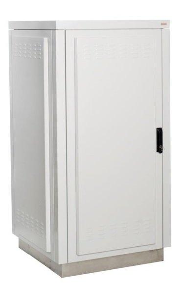 Double-wall external telecom cabinet