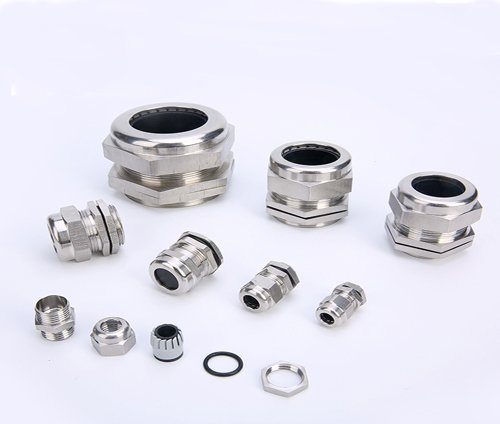 https://www.kdmsteel.com/wp-content/uploads/2019/11/b-Stainless-Stain-Cable-Gland.jpg