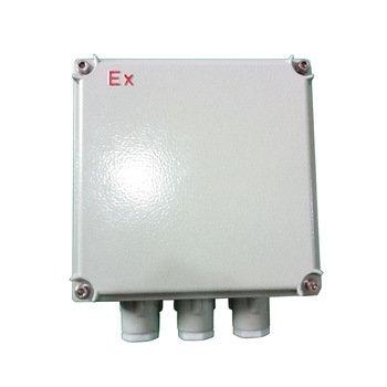 Aluminum box for use in hazardous areas