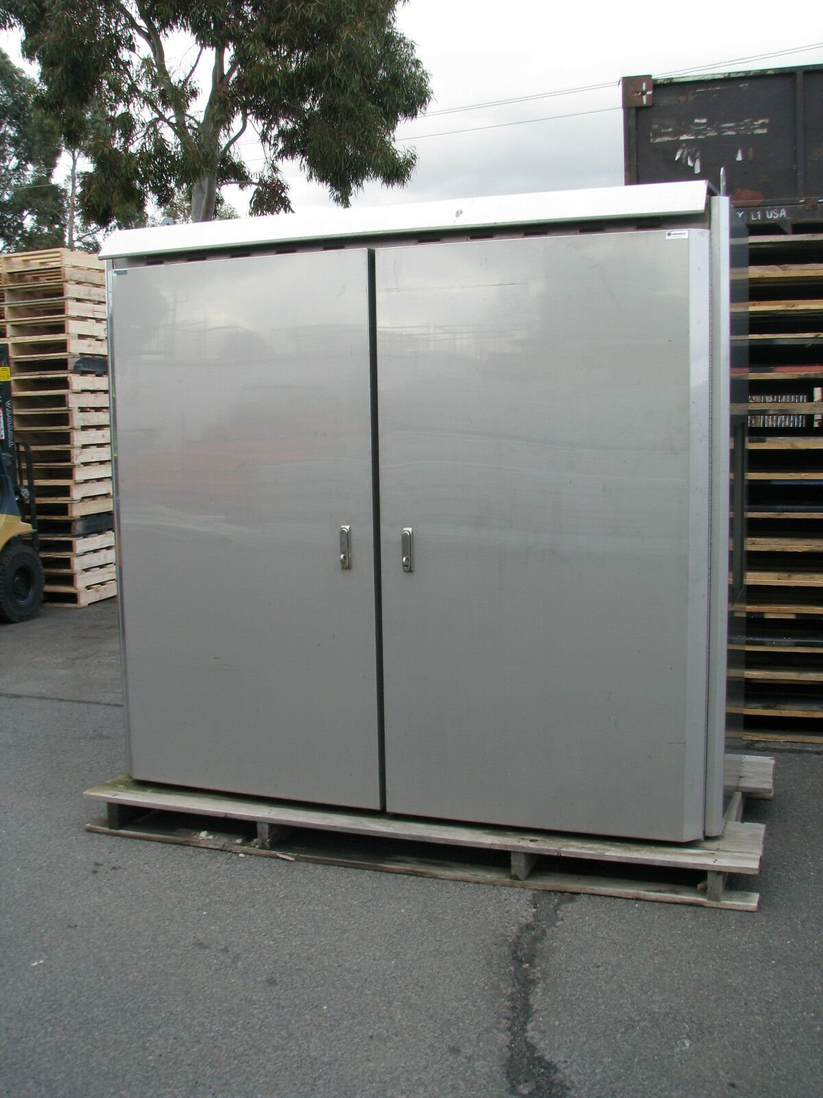 Stainless Steel Storage Outdoor Battery Cabinet