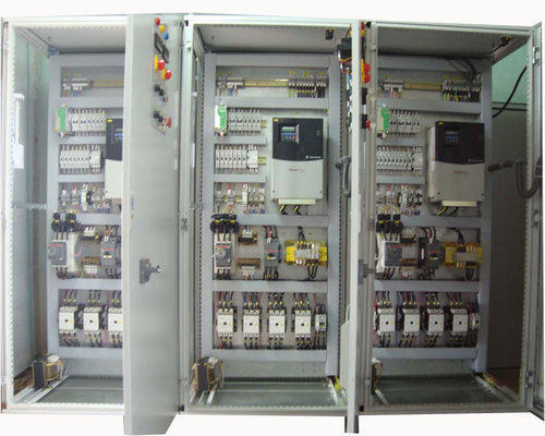https://www.kdmsteel.com/wp-content/uploads/2020/02/Industrial-Hydraulic-Control-Panels.png