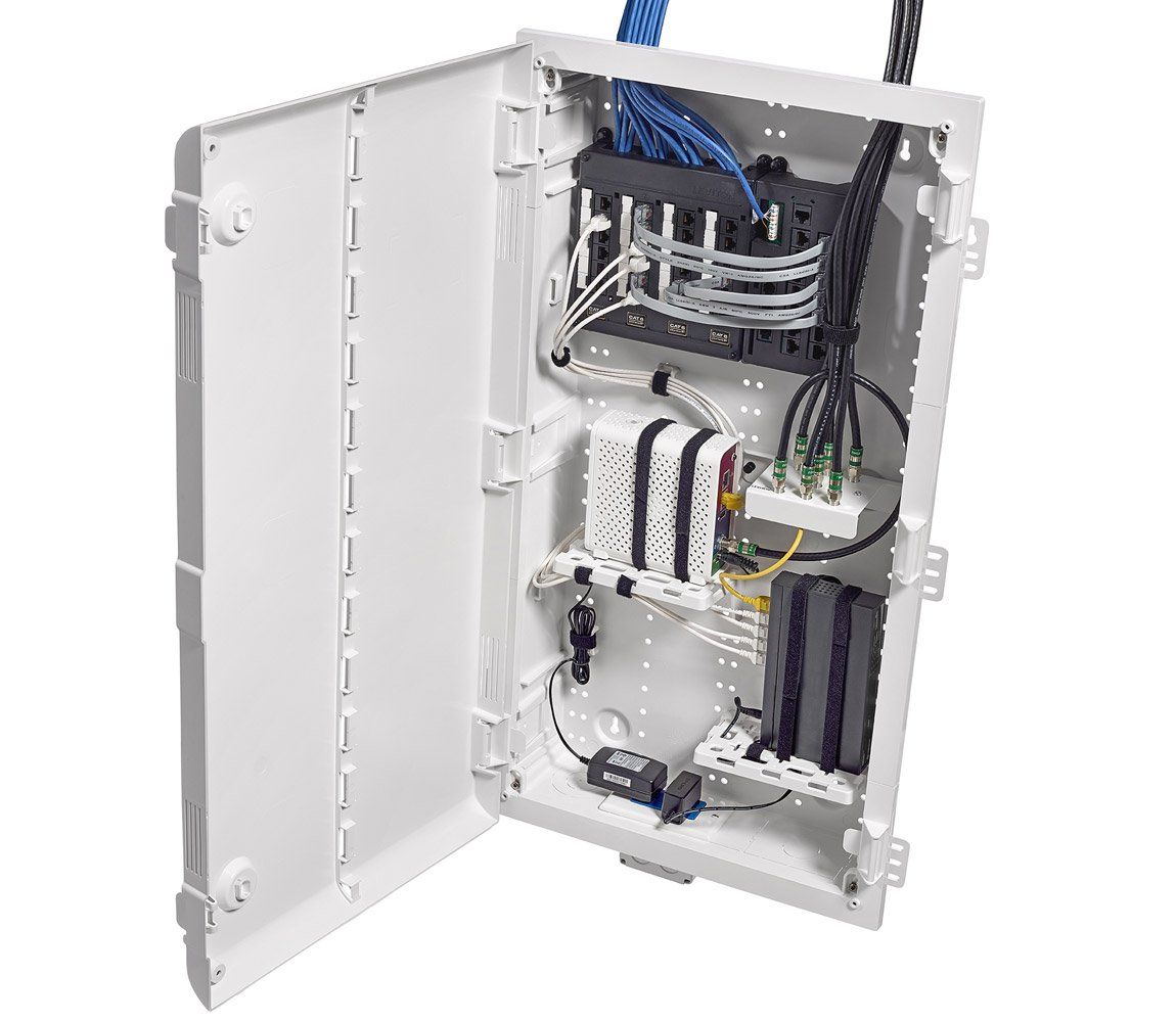 Cable management in power supply enclosure