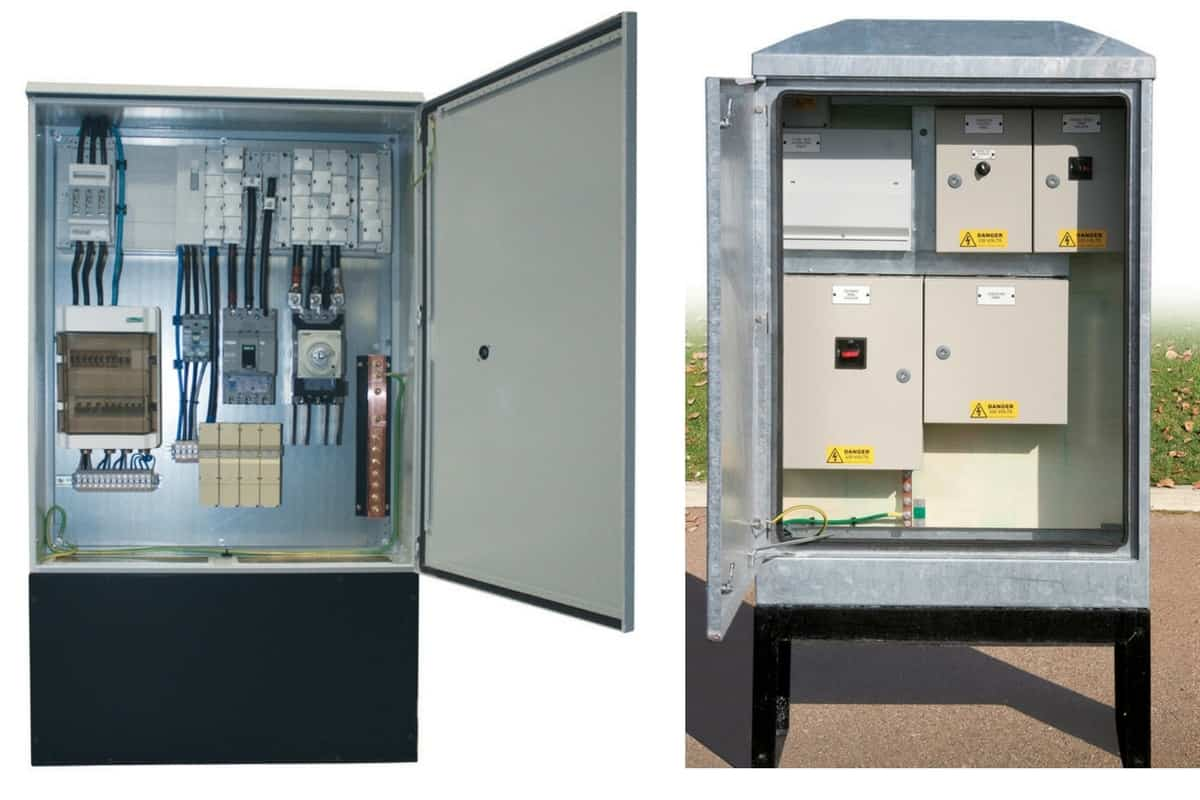 Raised roadside electrical cabinet