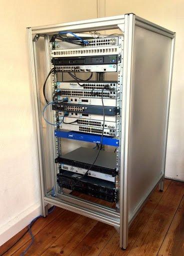 Telecom rack